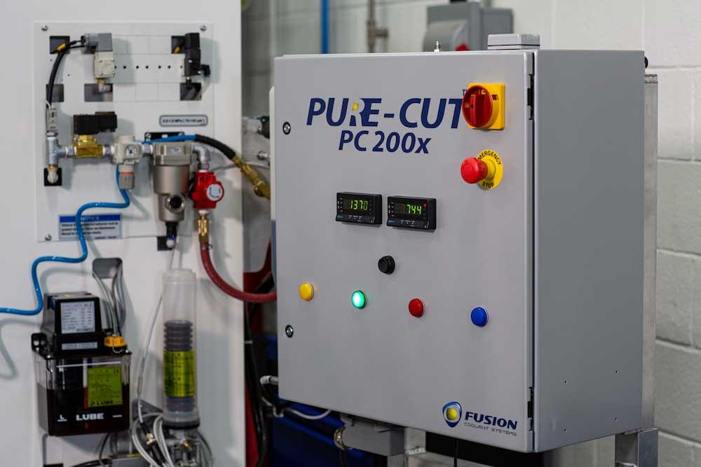PureCut_fix-1